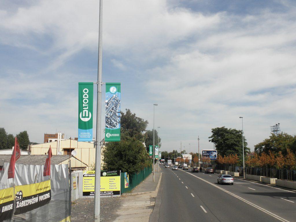 Pronájem reklamních ploch: Nosič Vlajka