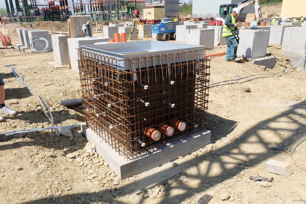 Armování betonového základu